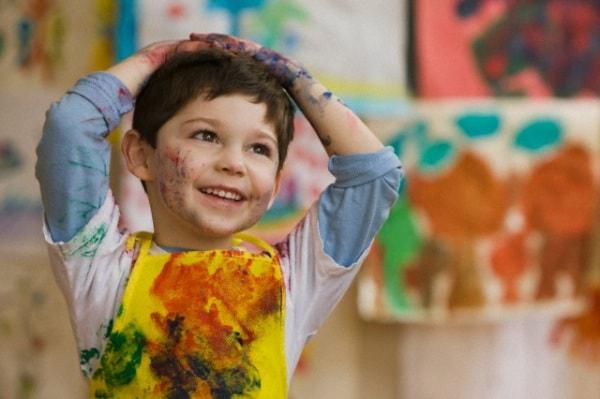 bambino_che_dipinge