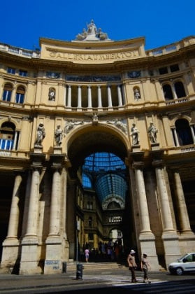 na-Galleria-Umberto-I