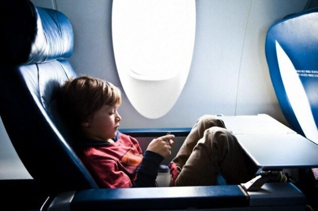 bambini-aereo-017