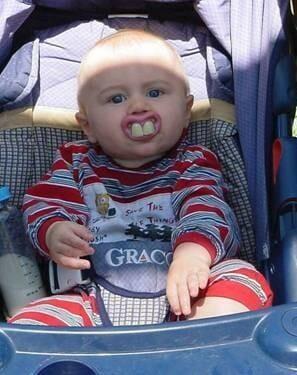 succhiotto-neonato