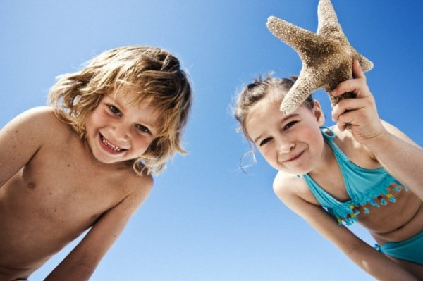 bambini-spiaggia.180x120
