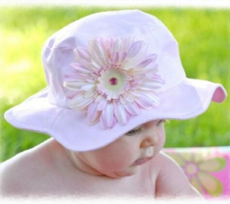 4.light-pink-daisy-sun-hat.jpg
