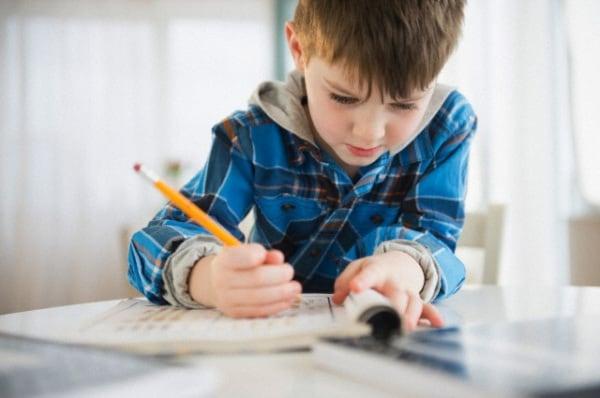 bambino-scuola-primaria