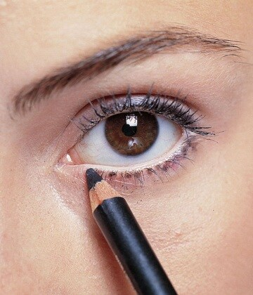 matita-nera-occhi