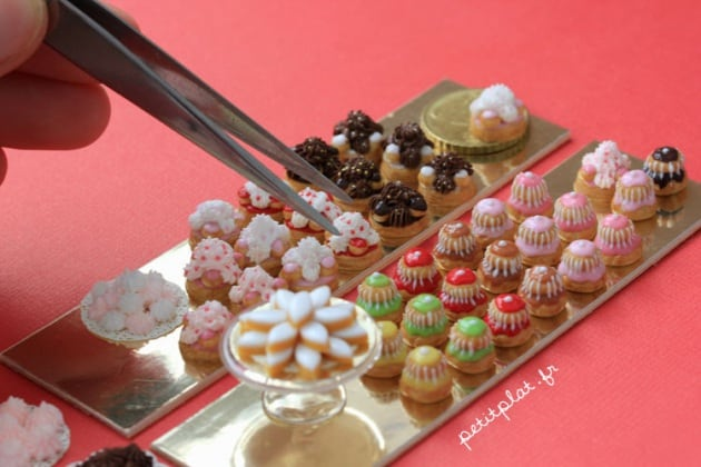 miniature_food___pastry__my_hand_and_a_tweezer____by_petitplat-d56aedb