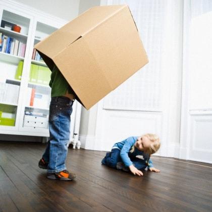 scatola-cartone-bambini