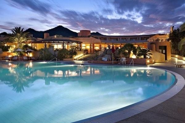 Sant-Elmo_beach_hotel_sardegna.jpg.180x120