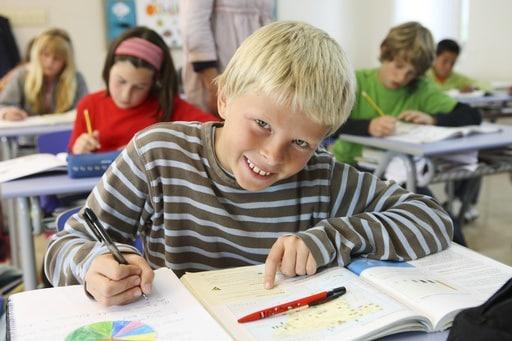 bambini-a-scuola.180x120