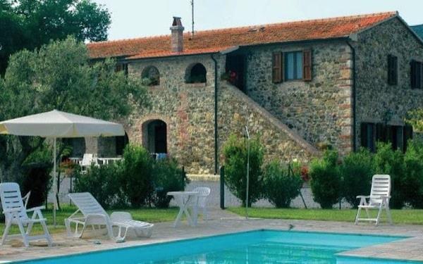 Tenuta-Il-Cicalino-Toscana-Massa-Marittima.jpg.180x120
