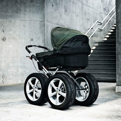 baby-stroller-with-4-wheel-drive
