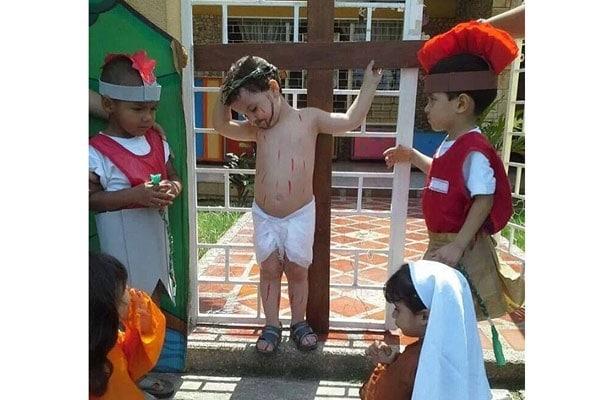 crocifissione-bambini