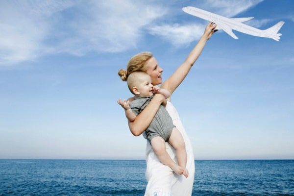 Viaggiare in aereo con bambini piccoli