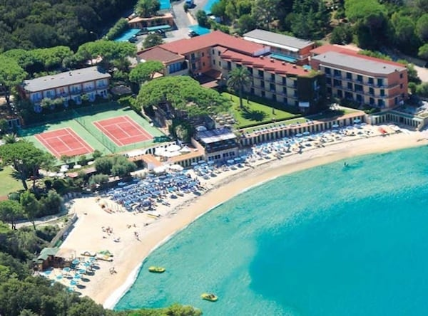 Hotel_Desiree_Toscana_Marciana.jpg
