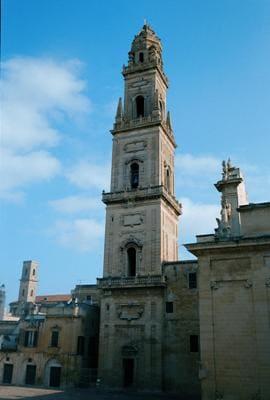 lecce_campanile_del_duomo.jpg
