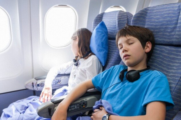bambini-aereo-018
