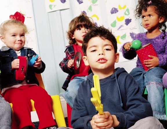 bambini-musica-asilo