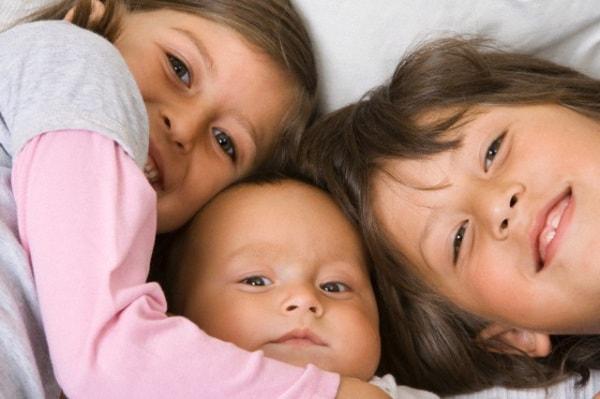 tre_bambini_corbis.180x120
