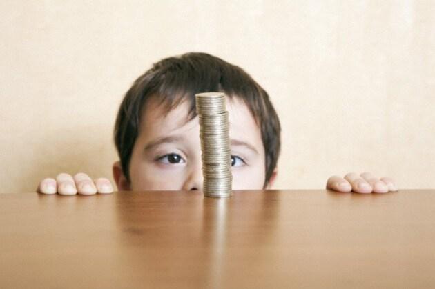 bambina_moneta