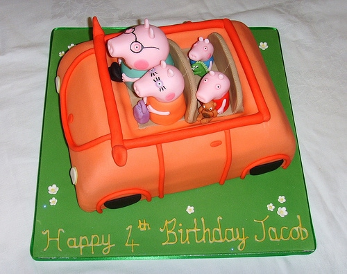Peppa-Pig-Cakes17.jpg