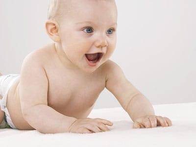 bambino_pannolino_sorridente.180x120
