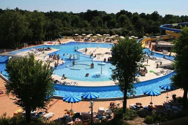 Villaggio_Turistico_Europa.jpg.180x120