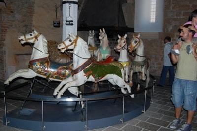 angera-museo-bambole-m7400.JPG