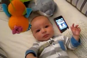 bambino-pianto-cellulare.180x120