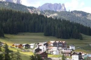 hotel-fontana-val-di-fassa.180x120