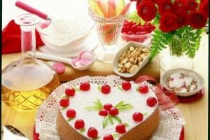 torta-a-cuore-per-la-mamma.1500x1000