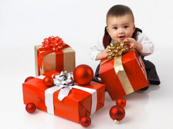 regalo-bambino-natale