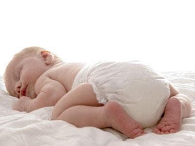 neonato-nudo.1500x1000