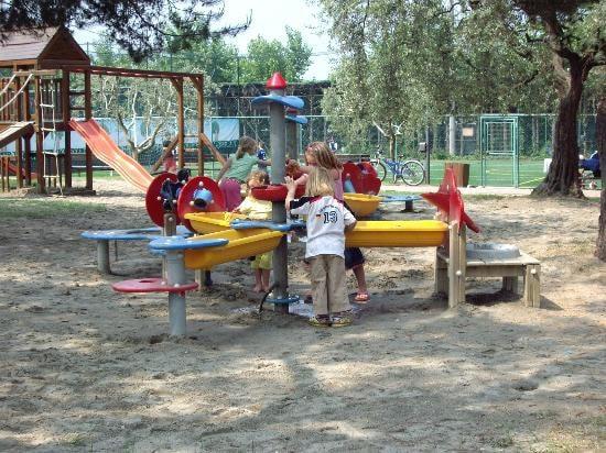 Camping-La-Quercia-Veneto-Lazise-.jpg.180x120