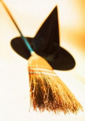 scopa-cappello