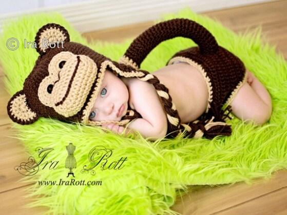 chimpanzee_monkey_hat_diaper_cover_3-1