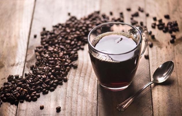 caffè con dieta chetogenica al latte