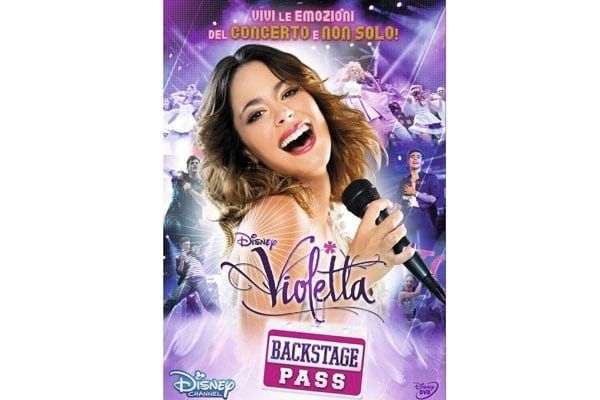 20.violetta-backstage-pass-toys-center-31