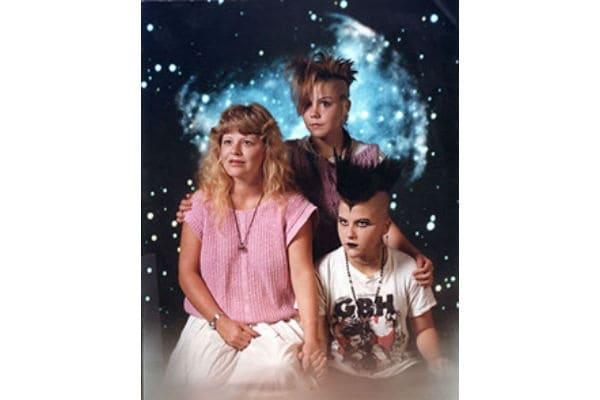 Ben noto Imbarazzanti foto di famiglia: le più divertenti diventano una  XE22
