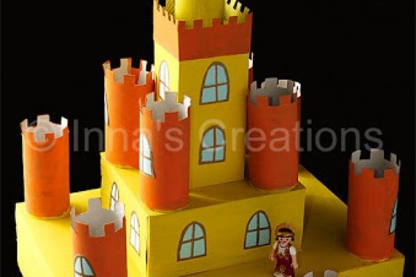 Come fare un castello con rotoli di carta igienica e scatole di cartone
