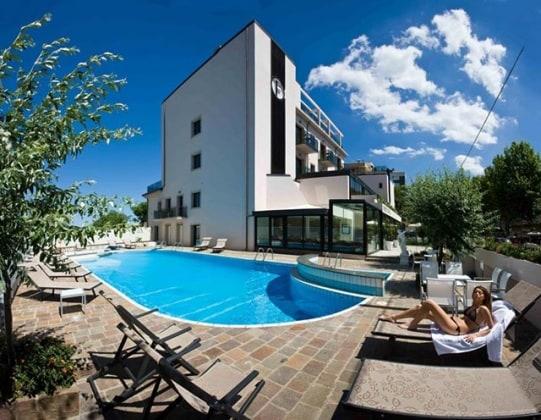 ferretti-beach-hotel-emilia-romagna-rimini