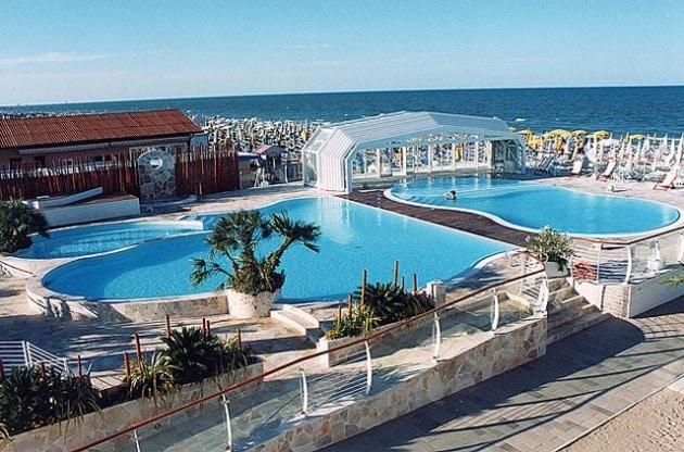 I 120 migliori alberghi in italia per famiglie con bambini for Bagno holiday milano marittima