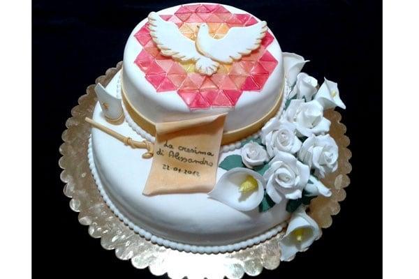 Prima comunione e cresima 30 idee per la torta for Decorazioni torte per cresima