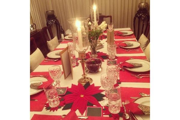 Come apparecchiare la tavola per le feste 15 idee e - Idee tavola natale ...