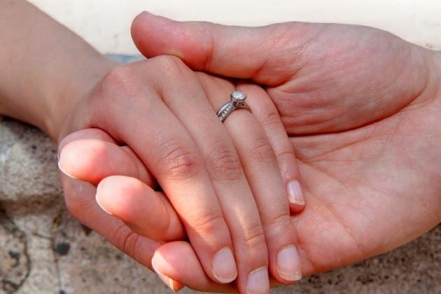 Molto Anniversari di matrimonio, i regali da 1 a 70 anni - Nostrofiglio.it ZF43