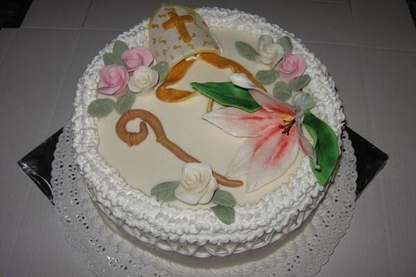 Prima comunione e cresima 30 idee per la torta - Decorazioni per cresima ...