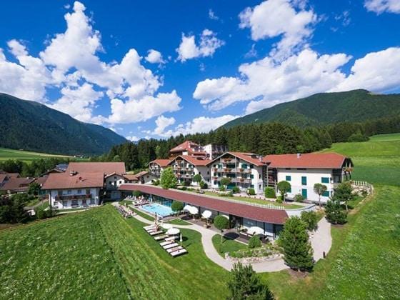 dolomit-family-resort-garberhof-alto-adige-rasun-di-sotto1