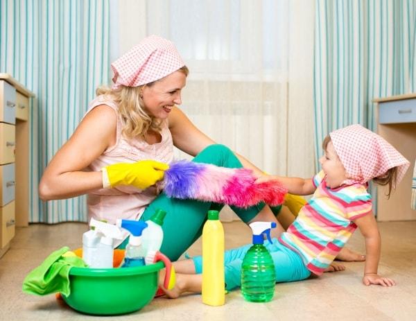 Trucchi per le grandi pulizie di primavera - Organizzare le pulizie di casa quando si lavora ...