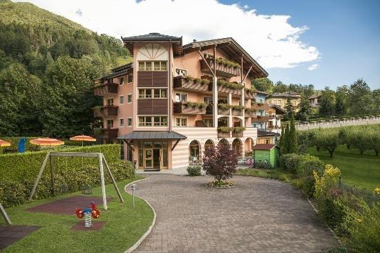 adriana-family-hotel