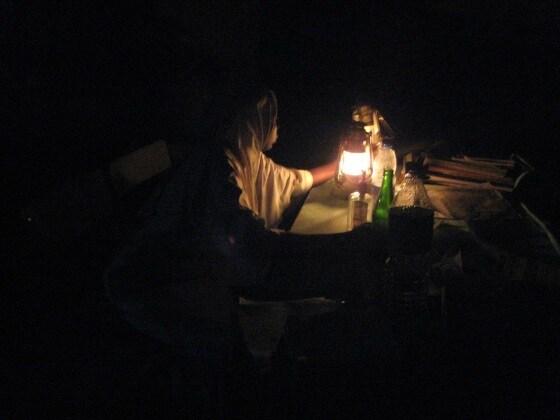 maternity-ward-with-only-kerosene-lantern
