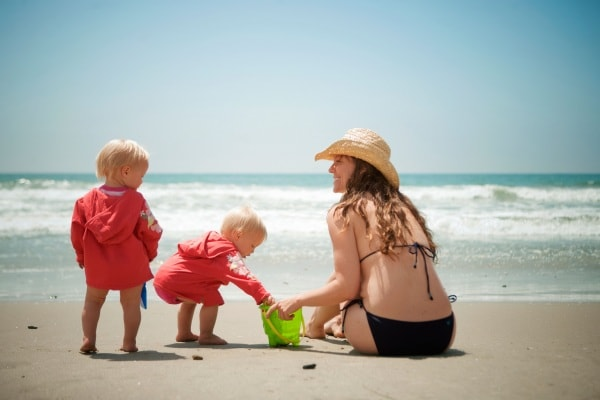 7 cose che i bambini possono imparare durante la loro prima estate