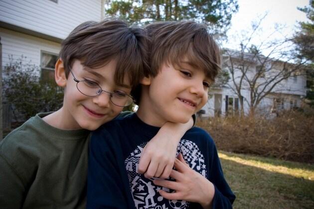 9_autismo_fratelli